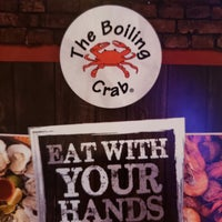 The Boiling Crab - Seafood Restaurant in Woodland Hills