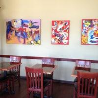 รูปภาพถ่ายที่ Cedar Crossing Tavern and Wine Bar โดย Jamie D. เมื่อ 4/13/2013