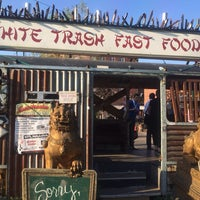 5/22/2014 tarihinde Philipp H.ziyaretçi tarafından White Trash Fast Food'de çekilen fotoğraf