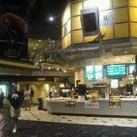 Foto tomada en NCG Eastwood Cinemas por Brosnan M. el 7/28/2012
