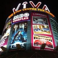 รูปภาพถ่ายที่ Viva Home โดย Alan V. เมื่อ 5/29/2011