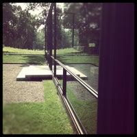 Foto tirada no(a) The Glass House por Maggie O. em 8/25/2012