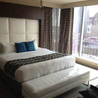 Das Foto wurde bei Greektown Casino-Hotel von David W. am 5/27/2012 aufgenommen