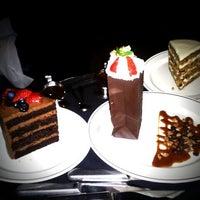 รูปภาพถ่ายที่ Truluck's โดย J. Damany D. เมื่อ 1/21/2012