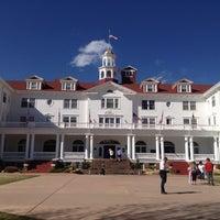 Снимок сделан в Stanley Hotel пользователем Mackenzie M. 4/8/2012