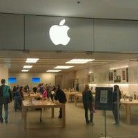 1/12/2012에 Andrey P.님이 Apple Beverly Center에서 찍은 사진