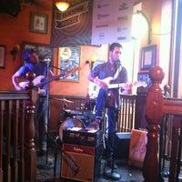 Das Foto wurde bei BD Riley's Irish Pub von Robin M. am 3/17/2012 aufgenommen