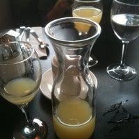 Photo prise au Paul's Place Omelettery Restaurant par Therealdana D le3/27/2011