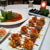 11/22/2011にJustin M.がNaan Sushiで撮った写真