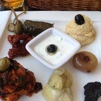 5/19/2012 tarihinde Krzysztof J.ziyaretçi tarafından La Cantina Bar & Restaurant'de çekilen fotoğraf