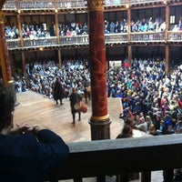 Foto diambil di Shakespeare's Globe Theatre oleh Stefankai S. pada 7/8/2012
