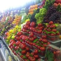 Снимок сделан в Дорогомиловский рынок пользователем Сергей D. 5/10/2012