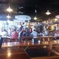 Photo prise au Pizza Port Brewing Company par Chris O. le5/20/2012