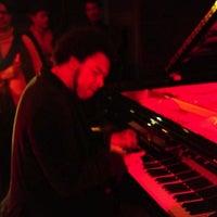 Foto tomada en Millesime por Peter C. el 11/6/2011