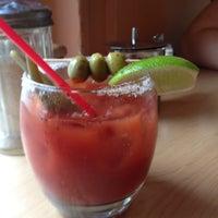 รูปภาพถ่ายที่ Bijou Cafe โดย Matt C. เมื่อ 6/17/2012