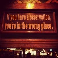 5/20/2012 tarihinde Angela P.ziyaretçi tarafından Streeter's Tavern'de çekilen fotoğraf