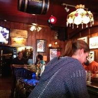 รูปภาพถ่ายที่ Swingin' Door Exchange โดย John C. เมื่อ 5/27/2012