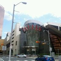 Das Foto wurde bei Bally's Casino & Hotel von Denise G. am 6/9/2012 aufgenommen