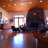 Das Foto wurde bei Foley Estates Vineyard & Winery von Snow I. am 5/29/2012 aufgenommen