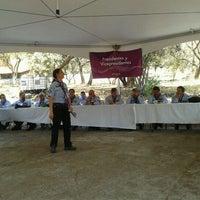 รูปภาพถ่ายที่ Campo Escuela Scout Meztitla โดย Javier T. เมื่อ 2/4/2012