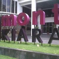 รูปภาพถ่ายที่ 1 Mont Kiara Mall โดย Mohd Haffiez M. เมื่อ 9/10/2012