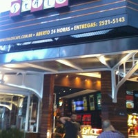 Foto tirada no(a) Stalos Café & Bar por Miro R. em 8/25/2012