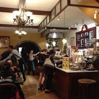 Foto diambil di Chocolateria San Churro oleh Rouse M. pada 4/28/2012