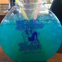 Foto diambil di Mickie Finnz Fish House & Bar oleh Claudia R. pada 6/24/2012