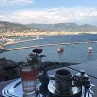 รูปภาพถ่ายที่ Centauera Butik Hotel &Cafe โดย Halil F. เมื่อ 9/9/2018