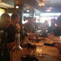 Photo prise au Le Grand Bistro & Oyster Bar par Jennifer F. le1/1/2013