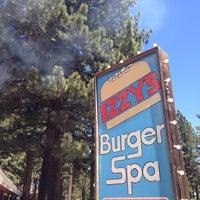 6/29/2014にBarbara B.がIzzy's Burger Spaで撮った写真