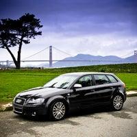 รูปภาพถ่ายที่ Auto Plus โดย Auto Plus เมื่อ 8/6/2013