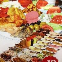 Foto tomada en Dudu Cafe Restaurant por 🎀 eLiF B. el 9/7/2013