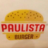 Photo prise au Paulista Burger par Danielle T. le7/28/2013