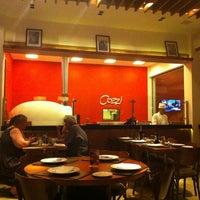 Foto scattata a Cozzi Ristorante Italiano da Lea C. il 12/22/2012