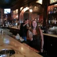 Foto tomada en Southridge Seafood Grill por Lauralee W. el 7/14/2014