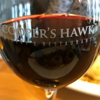 Photo prise au Cooper's Hawk Winery & Restaurant par Jim R. le9/9/2018
