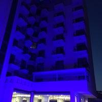 Das Foto wurde bei Kalif Hotel von 🇹🇷🇹🇷Çağatay 🇹🇷🇹🇷 am 4/24/2018 aufgenommen