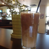 Foto scattata a Sierra Coffee Tash Rabat da hana Г. il 8/31/2014