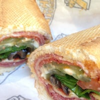 10/22/2012にRich M.がWhich Wich? Superior Sandwichesで撮った写真