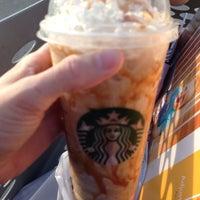 Das Foto wurde bei Starbucks von Kimberly S. am 11/20/2013 aufgenommen