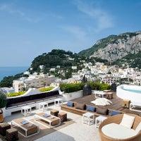 9/27/2013 tarihinde Capri Tiberio Palaceziyaretçi tarafından Capri Tiberio Palace'de çekilen fotoğraf