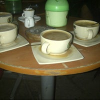 Foto diambil di Coffee Toffee oleh Claudia F. pada 7/8/2013