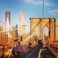 Das Foto wurde bei Brooklyn Bridge von luke am 11/6/2013 aufgenommen