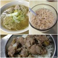 Снимок сделан в Wai Ying Fastfood (嶸嶸小食館) пользователем iSA 💃🏻 9/7/2013