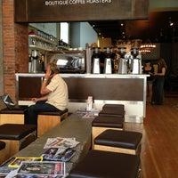 7/17/2013 tarihinde Outreach T.ziyaretçi tarafından Milano Coffee'de çekilen fotoğraf