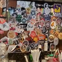 Foto tirada no(a) Kauai Beer Company por Aaron H. em 12/11/2019