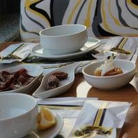 รูปภาพถ่ายที่ Marbella Restaurant & Bistro โดย Marbella Restaurant & Bistro เมื่อ 7/25/2013