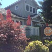 7/11/2013 tarihinde Cup Coffee Co.ziyaretçi tarafından Cup Coffee Co.'de çekilen fotoğraf