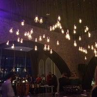 Foto diambil di No4 Restaurant • Bar • Lounge oleh Bora S. pada 2/7/2014